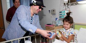 Magos llevaron alegría a niños hospitalizados este domingo